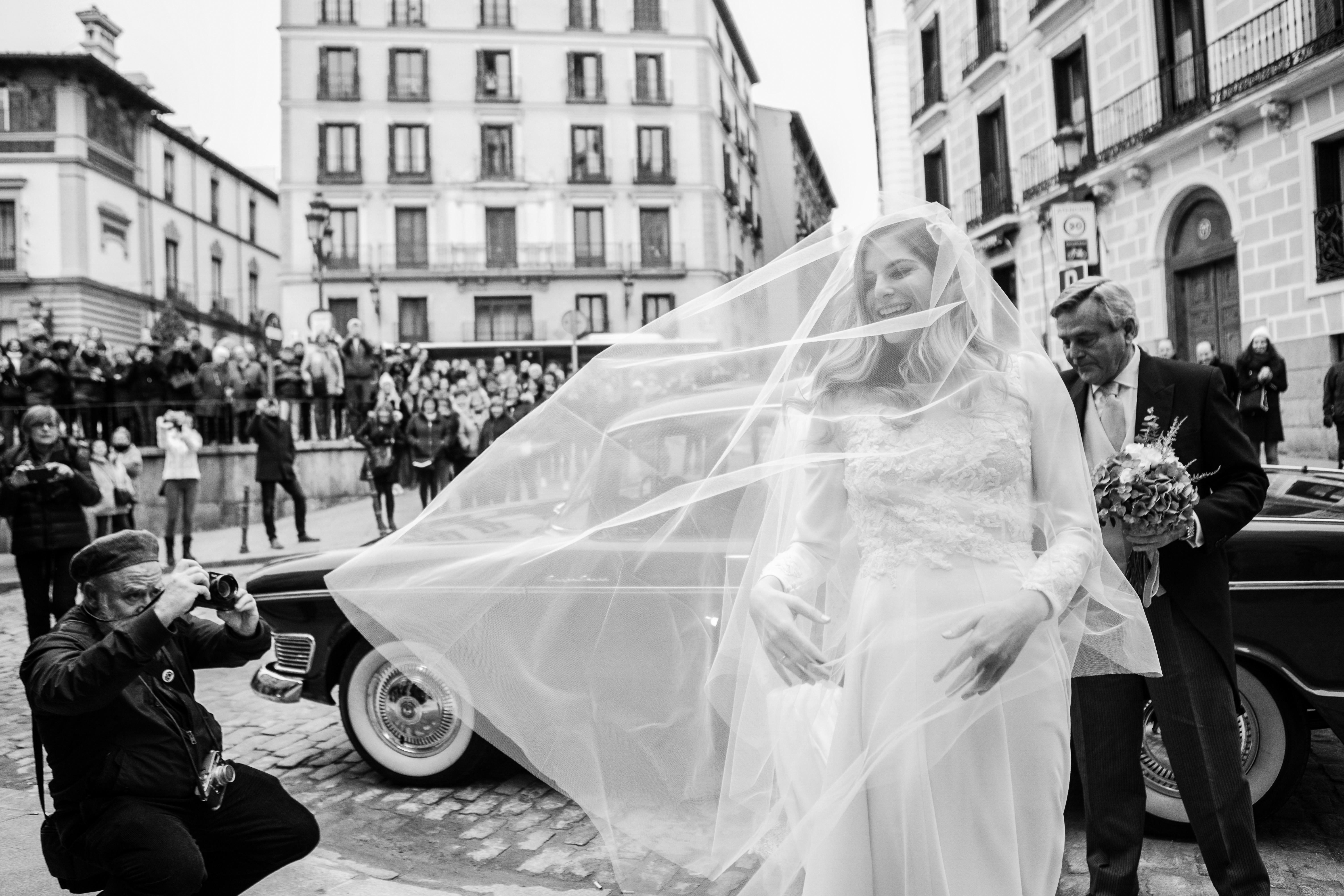 La boda de Nuria y Emiliano en Madrid