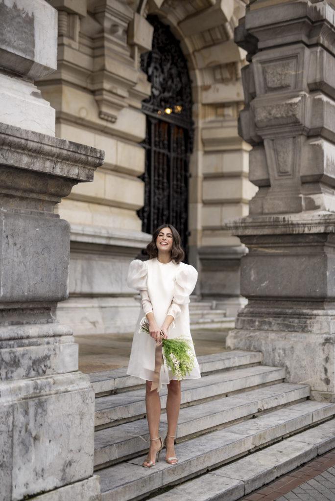 Novias con vestido corto: Tendencias 2021